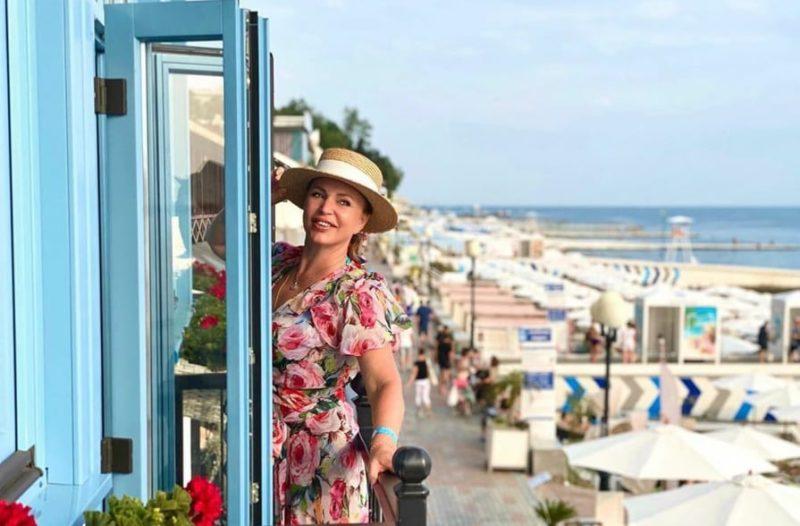 «По стопам Чеховой»: Алла Довлатова показала себя во всей красе
