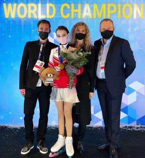 Опубликована информация о крупных гонорарах спортсменок, победивших на чемпионате мира по фигурному катанию