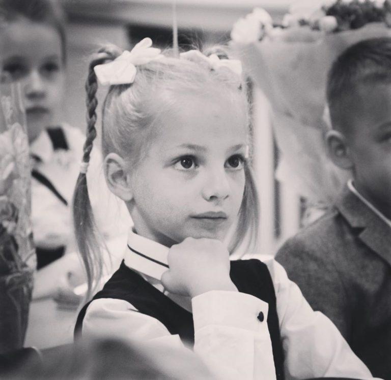 «Завораживающая красота». Поклонники Екатерины Вилковой восхищены внешностью дочери актрисы