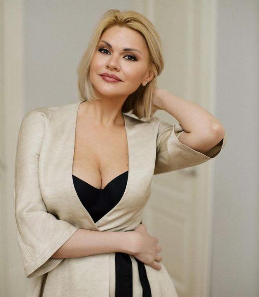 «Просто девочка». 45-летняя Ирина Круг похвасталась идeaльной фигурой на новом фото