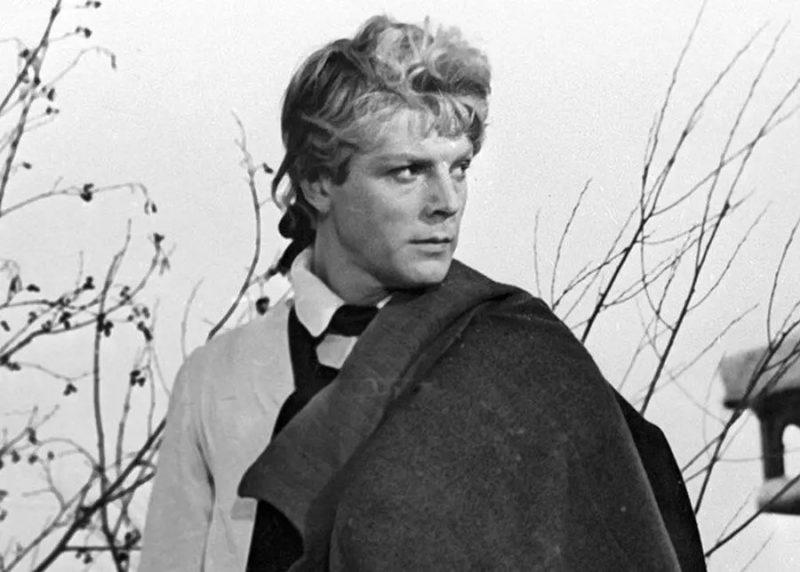 «Кумиры миллионов, которых уже забыли»: знаменитые актёры, считавшимися самыми привлекательными в СССР