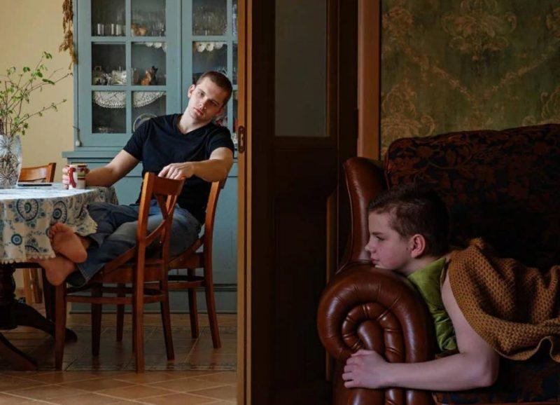 Копия деда: фото 17-летнего внука Куравлёва, Степана, появилось в Сети