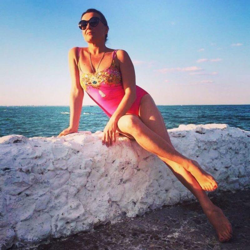 «Пора вспомнить, что не девочка уже»: 45-летняя Наталья Могилевская в образе русалочки всполошила Сеть