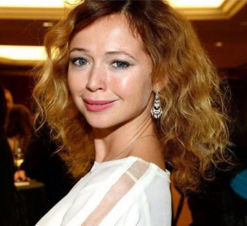 Обман супруга, потеря первого ребёнка и долгожданная дочь: как сейчас живёт Елена Захарова