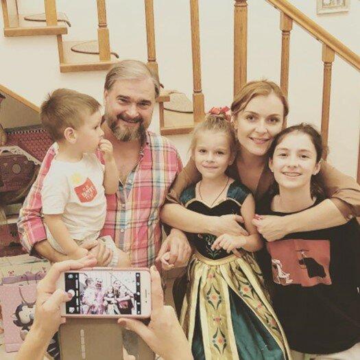 Сёстры-актрисы Антоновы: влиятельные супруги, разводы и долгожданное материнство