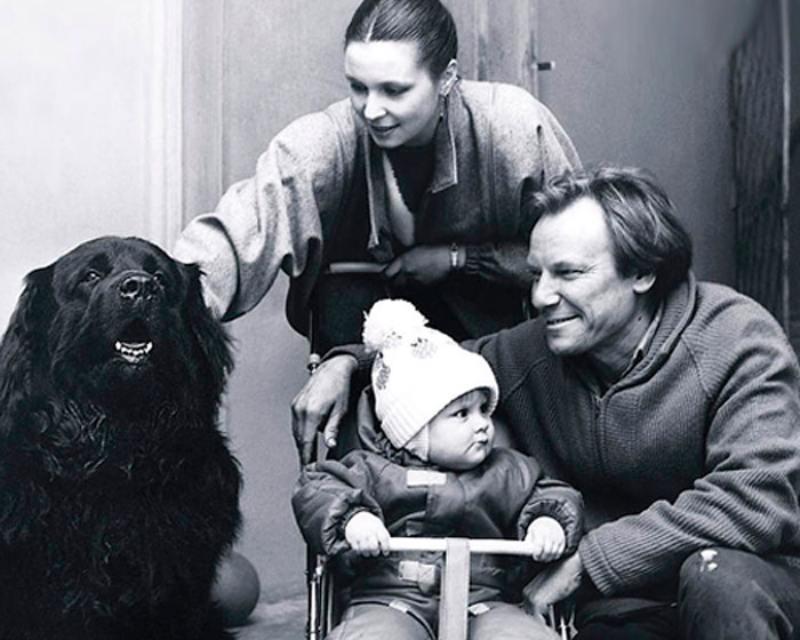 Превратил жизнь жены и дочери в сущий кошмар: истинное лицо Сергея Шакурова