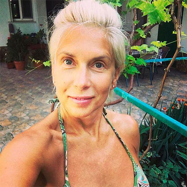 58-летняя Свиридова удивила поклонников своими фото в откровенном пляжном наряде