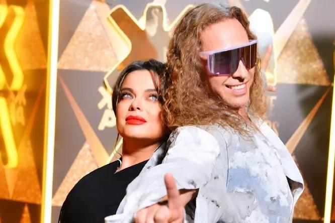 «Пора вам угомониться»: Наташа Королёва вместе с мужем эпатировали публику на «Жаре»